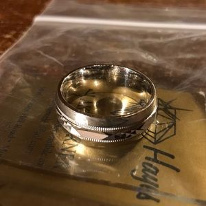 unbranded Jewelry - Vintage Womens Silver Wedding Band